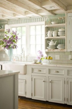 Enchanting Farmhouse Kitchen Decor Ideas To Try Nowaday 52