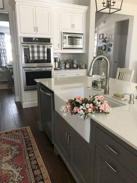 Enchanting Farmhouse Kitchen Decor Ideas To Try Nowaday 56