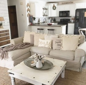 Fancy Farmhouse Living Room Decor Ideas To Try 03