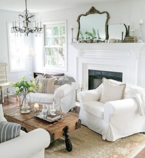 Fancy Farmhouse Living Room Decor Ideas To Try 18