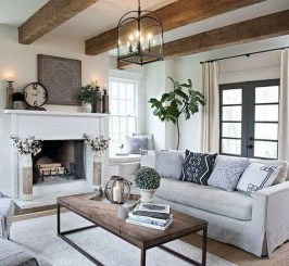 Fancy Farmhouse Living Room Decor Ideas To Try 19