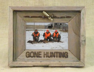 Fascinating Wood Photo Frame Ideas For Antique Home 02