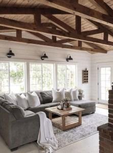 Hottest Farmhouse Living Room Decor Ideas That Looks Cool 22