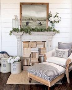 Hottest Farmhouse Living Room Decor Ideas That Looks Cool 42