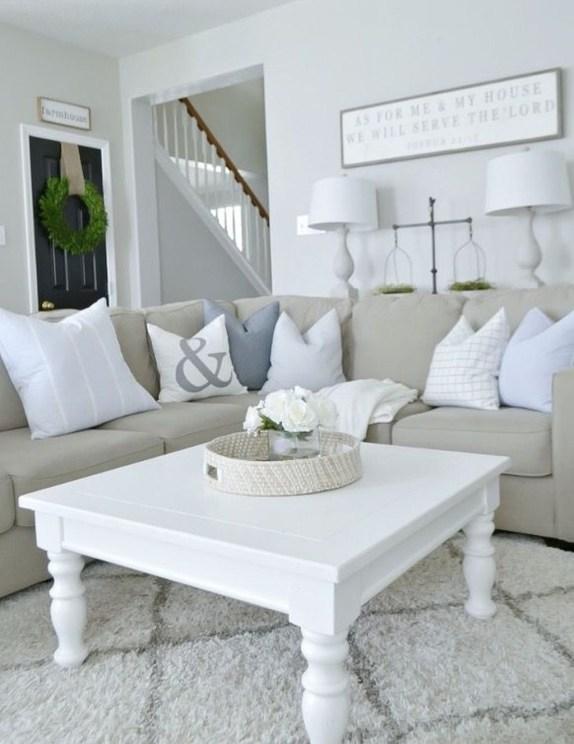 Hottest Farmhouse Living Room Decor Ideas That Looks Cool 46