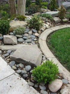 Newest Front Yard Landscaping Design Ideas To Try Now 12