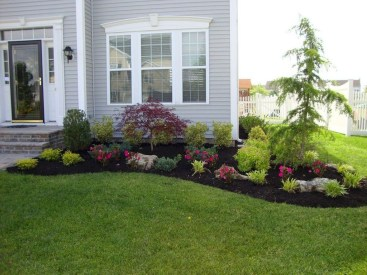 Newest Front Yard Landscaping Design Ideas To Try Now 22