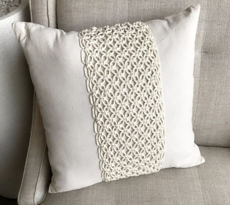 Rustic Pillows Decoration Ideas For Home 17