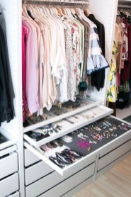 Simple Custom Closet Design Ideas For Your Home 05