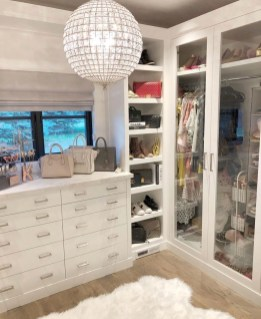 Simple Custom Closet Design Ideas For Your Home 29