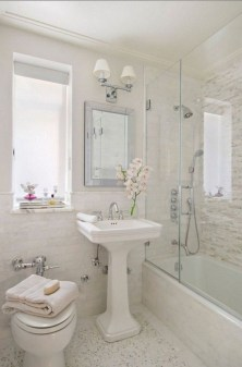 Splendid Small Bathroom Remodel Ideas For You 04