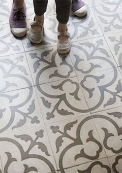 Unusual Diy Painted Tile Floor Ideas With Stencils That Anyone Can Do 37
