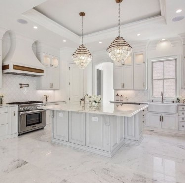 Unusual White Kitchen Design Ideas To Try 44