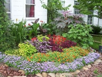 Adorable Flower Beds Ideas Around Trees To Beautify Your Yard 08