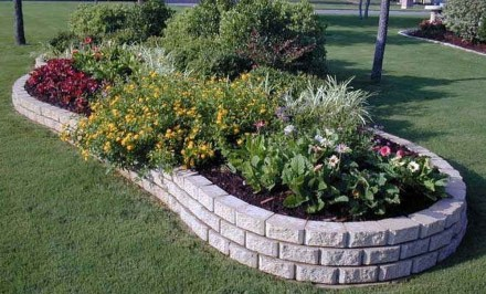 Adorable Flower Beds Ideas Around Trees To Beautify Your Yard 37