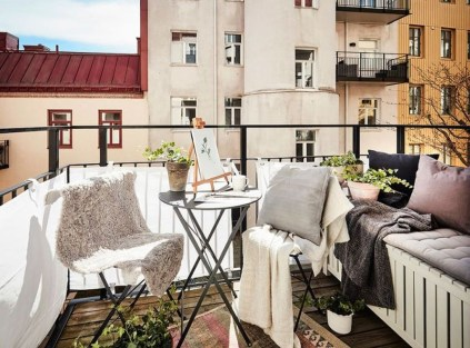Casual Small Balcony Design Ideas For Spring This Season 16