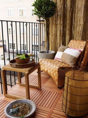 Casual Small Balcony Design Ideas For Spring This Season 45