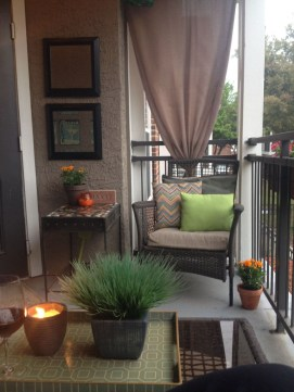 Casual Small Balcony Design Ideas For Spring This Season 49