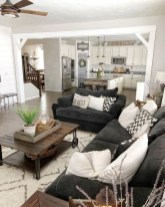 Catchy Farmhouse Decor Ideas For Living Room This Year 40