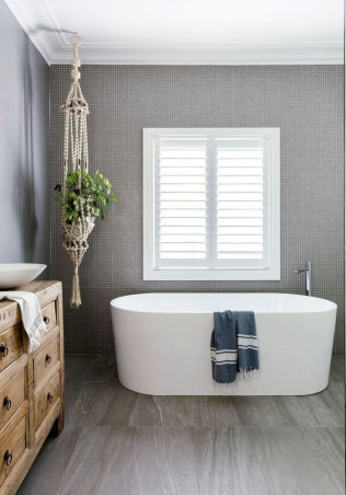 Chic Farmhouse Bathroom Desgn Ideas With Shower 47