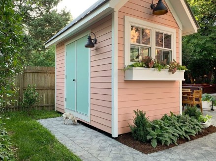Classy Backyard Makeovers Ideas On A Budget To Try 32