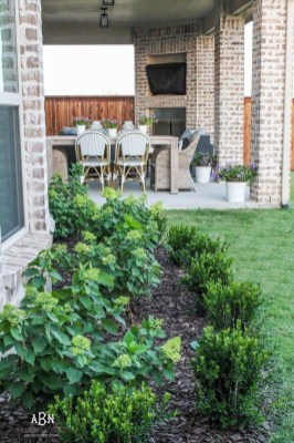 Classy Backyard Makeovers Ideas On A Budget To Try 42