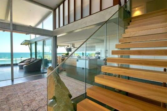 Gorgeous Wooden Staircase Design Ideas For Branching Out 17