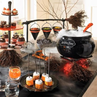Hottest Halloween Decorating Ideas To Try Now 08
