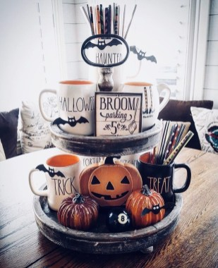 Hottest Halloween Decorating Ideas To Try Now 15