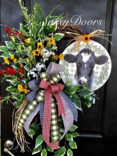Newest Front Door Wreath Decor Ideas For Summer 10