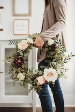 Newest Front Door Wreath Decor Ideas For Summer 25