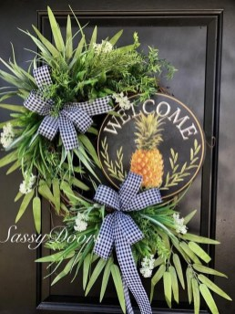 Newest Front Door Wreath Decor Ideas For Summer 34