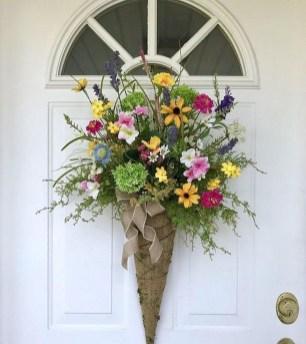 Newest Front Door Wreath Decor Ideas For Summer 36