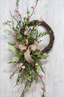 Newest Front Door Wreath Decor Ideas For Summer 43