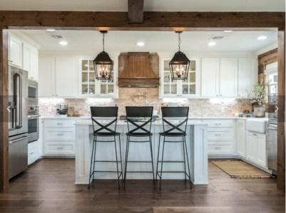 Trendy Fixer Upper Farmhouse Kitchen Design Ideas 14