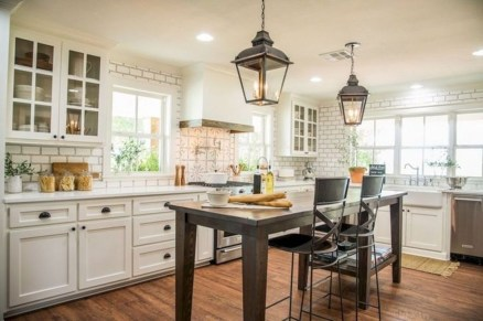 Trendy Fixer Upper Farmhouse Kitchen Design Ideas 30