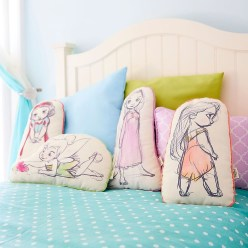 Adorable Disney Room Design Ideas For Your Childrens Room 16