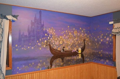 Adorable Disney Room Design Ideas For Your Childrens Room 20