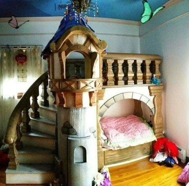 Adorable Disney Room Design Ideas For Your Childrens Room 26