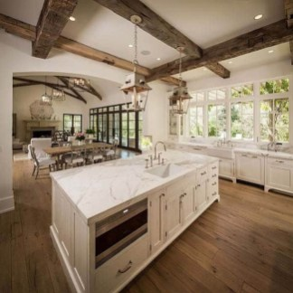 Adorable Traditional Lighting Design Ideas You Must Try 40