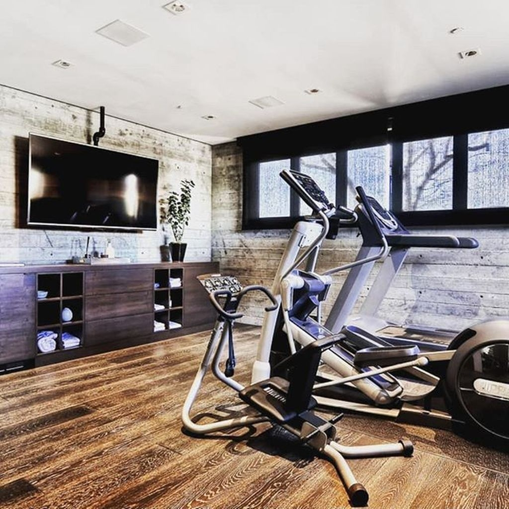 Astonishing Home Gym Room Design Ideas For Your Family 31