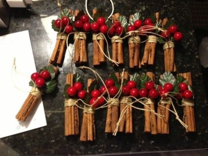 Charming Outdoor Décor Ideas For Christmas To Try 37