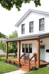 Cute Farmhouse Exterior Design Ideas That Inspire You 06