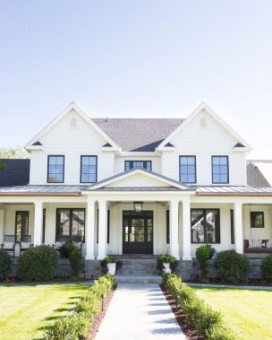 Cute Farmhouse Exterior Design Ideas That Inspire You 10