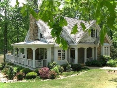 Cute Farmhouse Exterior Design Ideas That Inspire You 13