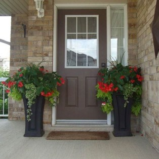 Perfect Porch Planter Design Idseas That Will Give Your Exterior A Unique Look 03
