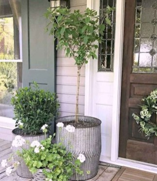 Perfect Porch Planter Design Idseas That Will Give Your Exterior A Unique Look 19