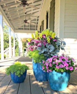 Perfect Porch Planter Design Idseas That Will Give Your Exterior A Unique Look 22