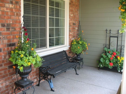 Perfect Porch Planter Design Idseas That Will Give Your Exterior A Unique Look 37