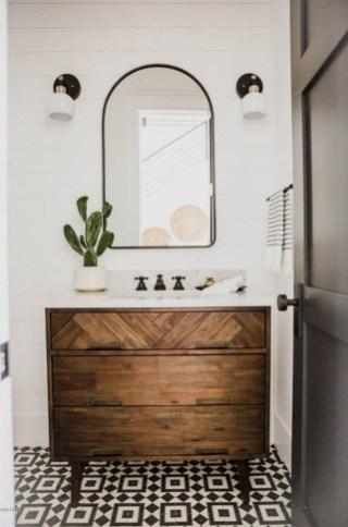 Wonderful Single Vanity Bathroom Design Ideas To Try 51